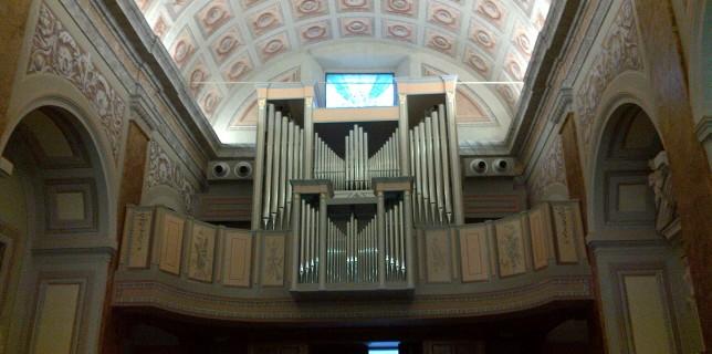 Il grandioso Organo Inzoli Bonizzi della Chiesa di San Michele Arcangelo