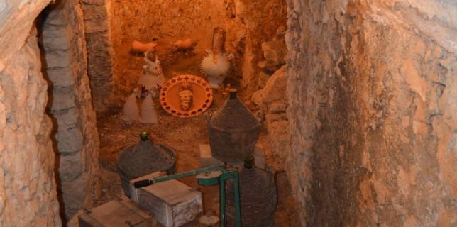"""Museo """"La grotta dell'Angelo D'Oro"""""""